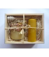 Darčekový balíček - Drevená kazeta - med, sviečka, drevená naberačka